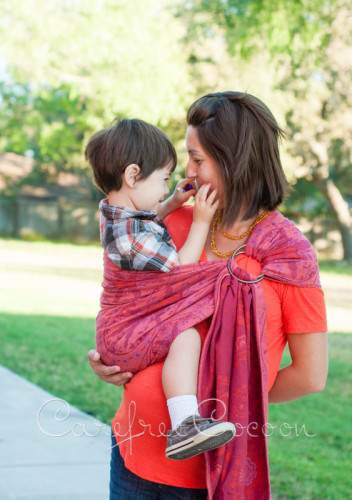 Didymos Stella Adventus ring sling Carefree Cocoon 08