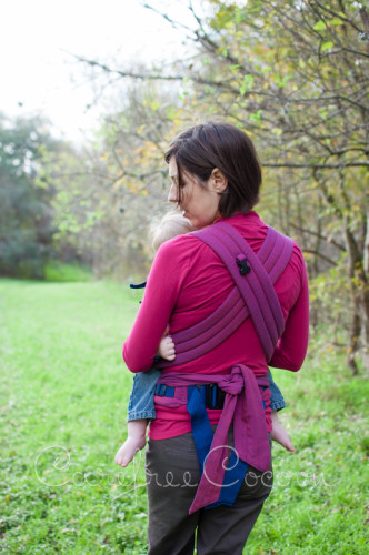 Storchenweige Storch Baby Carrier Mei Tai Violet Review Carefree Cocoon 06